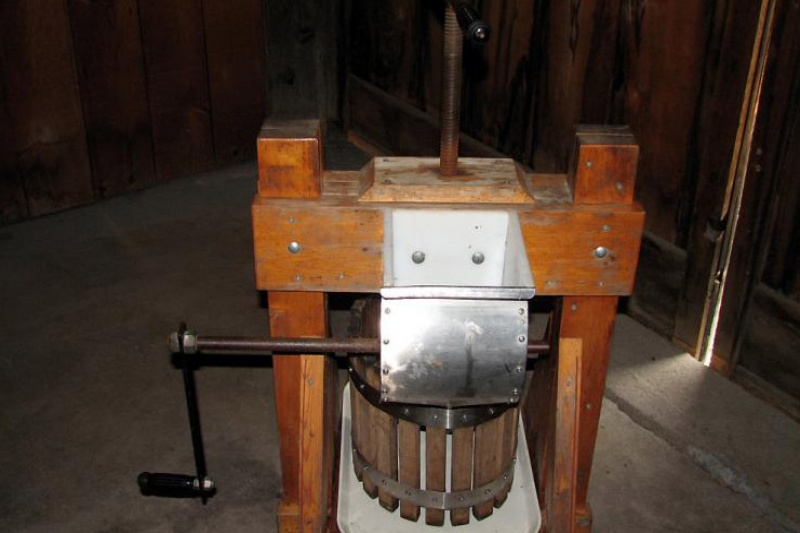 cider making equipment